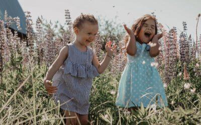 Spójrz oczami dziecka — przez pryzmat szczęścia i beztroski